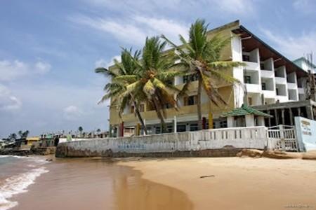 Hikkaduwa Beach Hotel - v září