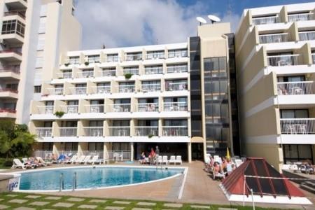 Hotel Alto Lido Snídaně