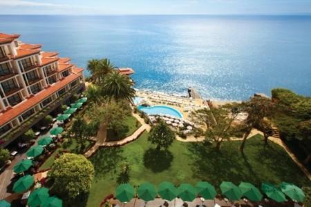 Cliff Bay Resort Snídaně