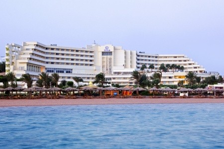 Hilton Plaza