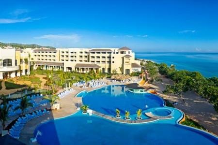 Jamajka - Montego Bay / Iberostar Rose Hall Beach