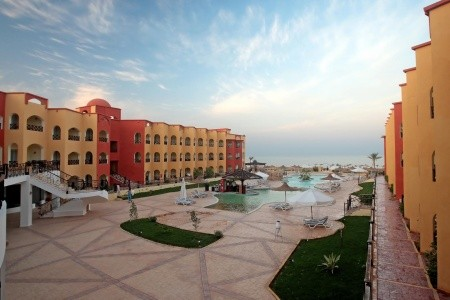 Fam Hotels & Resorts