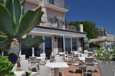 Hotel Baia Azzurra Lc- Taormina Snídaně