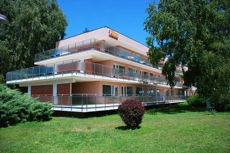 Hotel Flóra Plná penze