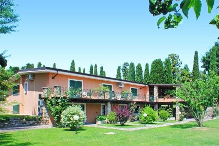 Hotel West Garda S Bazénem Pig- Padenghe Sul Garda - Last Minute a dovolená