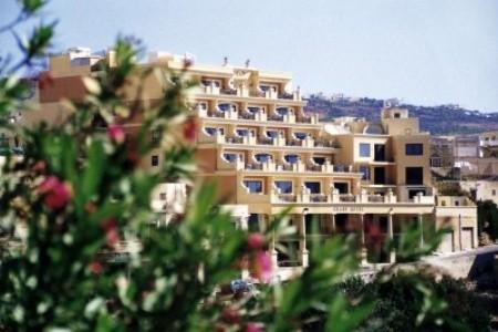 Grand Hotel Snídaně