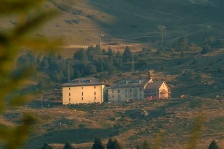 Passo Tonale, Historický Hotel La Mirandola S Blízkosti Vlek - super last minute