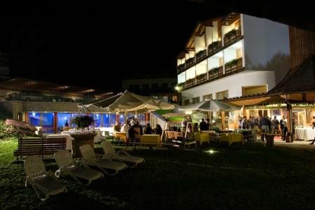 Hotel Bellavista S Bazénem Tbo- Calalzo Di Cadore - Last Minute a dovolená