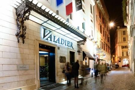 Valadier - Itálie letecky z Vídně