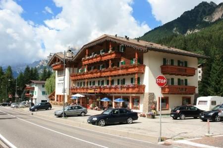 Hotel Rododendro Pig- Campitello Di Fassa
