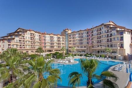 Hotel Bella Resort & Spa