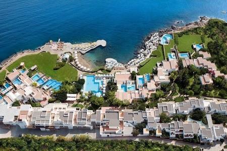 Hotel St. Nicolas Bay