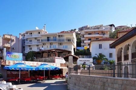 Hotel Mala Plaža Snídaně