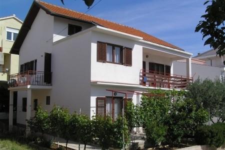 Vodice / Apartmánový Dům Zdravko, Chorvatsko, Vodice