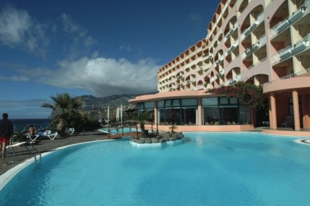 Pestana Bay Ocean Aparthotel Charter All Inclusive