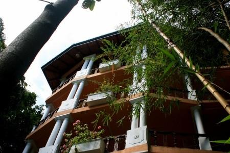 Thambapanni Retreat Polopenze