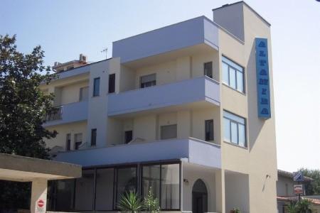Hotel Altamira Pig- Roseto Degli Abruzzi - v září