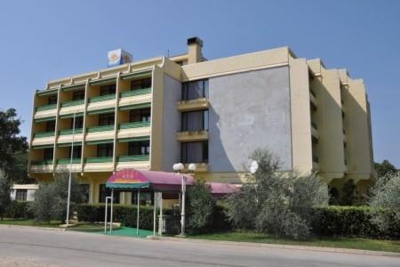 Albamaris Hotel ***