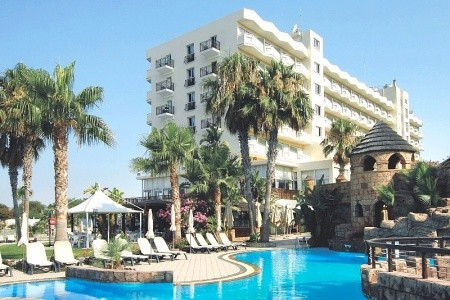Lordos Beach - Larnaca Last Minute