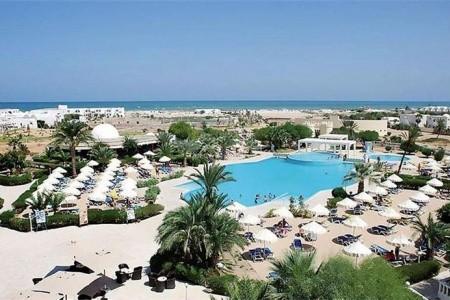 Palais Des Iles Resort & Spa