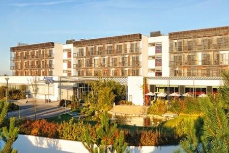 Termální Hotel Spa Laa****s Polopenze
