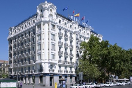 Hotel Mediodia Snídaně