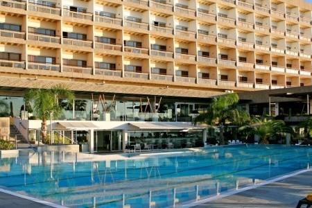 Crowne Plaza Limassol Polopenze