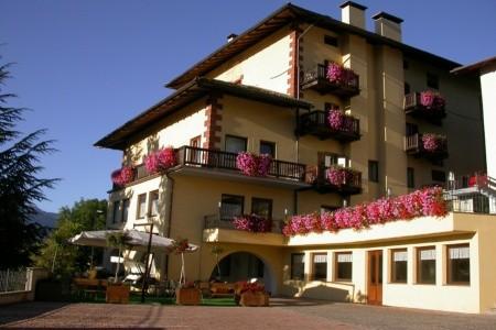 Hotel Corona V Carano Itálie Val di Fiemme/Obereggen last minute, dovolená, zájezdy 2018