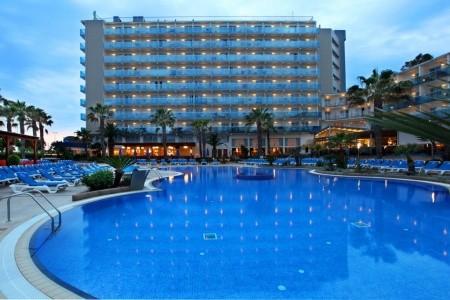 Taurus Park Golden Hotel