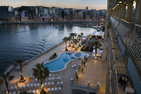Cavalieri Art Hotel - letecky