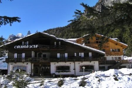 Hotel Camoscio - autobusem