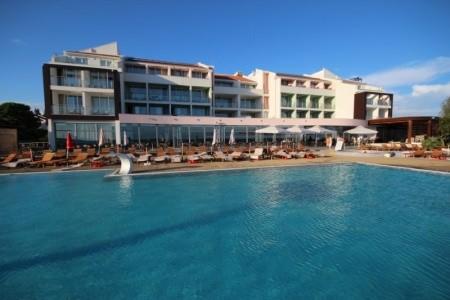 Šlágr Dovolená - Hotel Otrant Beach - Dotované Pobyty 50+ All Inclusive