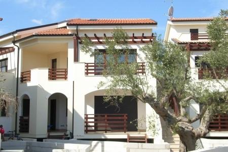 Pineto / Komplex Med Resort - Abruzzo v červenci - Itálie
