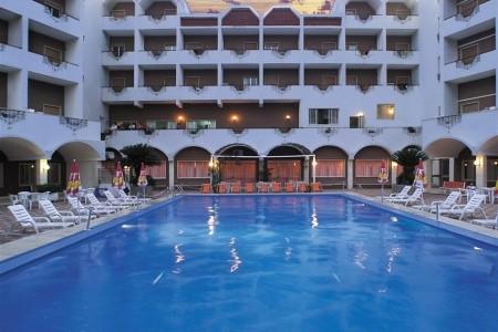 Scalea / Hotel Parco Dei Principi