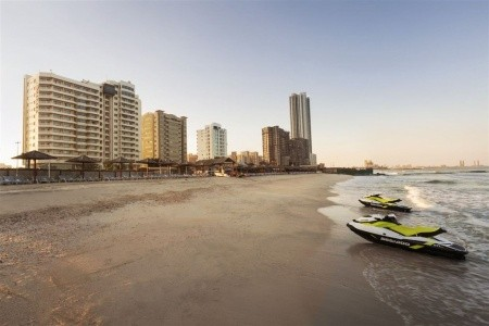 Spojené arabské emiráty - Sharjah / Ramada Beach Hotel Ajman