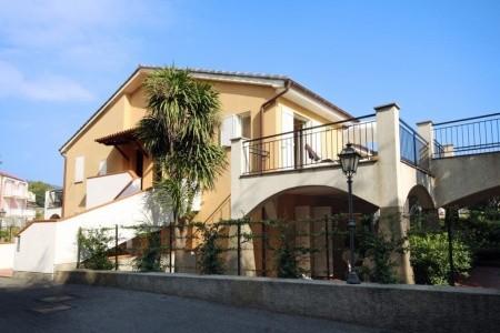 Rezidence La Meridiana S Bazénem Mb- San Bartolomeo Mare - Last Minute a dovolená