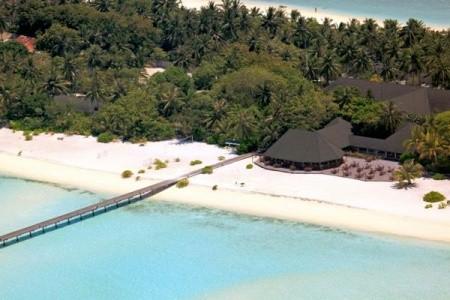 Holiday Island, Maledivy,
