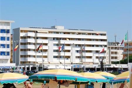 Condominio Skorpios - v červnu