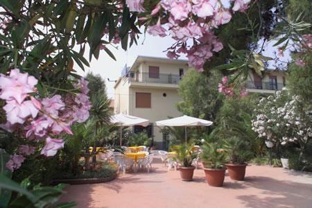 Rezidencia La Darsena - Last Minute a dovolená
