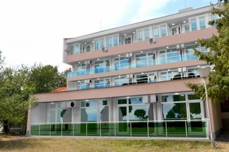 Hotel Neva - letecky all inclusive