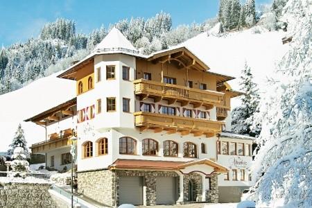 Hotel Alpenherz Snídaně