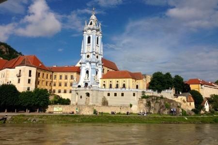 Kittenbergerské zahrady a plavba lodí po Dunaji údolím Wacha - poznávací zájezdy