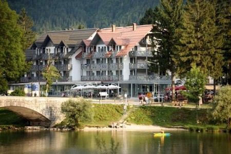 Hotel Jezero - v lednu