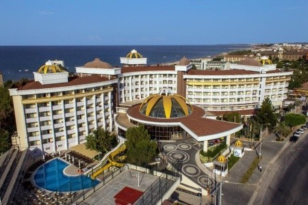 Side Alegria Resort