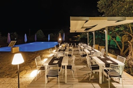 Skopelos Holidays Hotel And Spa