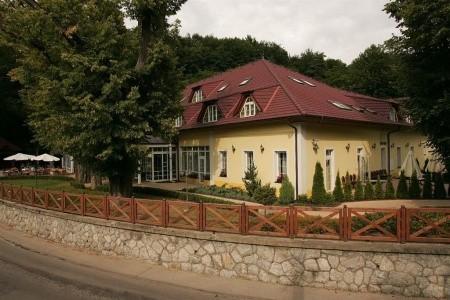 Parkhotel Na Baračke - Trenčianské Teplice Polopenze