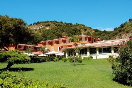 Hotel Village Club Ortano Mare****