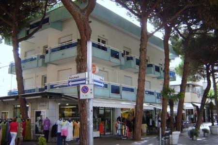 Residence Villa Azzurra - Riccione, Itálie, Emilia Romagna