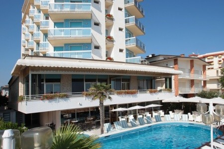 Hotel Rivamare S Bazénem Pig - Lido Di Jesolo, Itálie, Lido di Jesolo