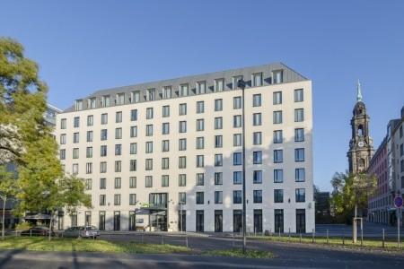 Holiday Inn Express Dresden City Centre Snídaně